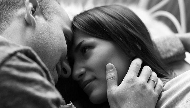كيف اجعله يحبني : 13 خطوة مضمونة لقلبه