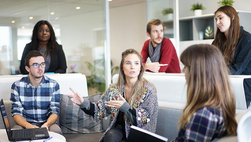 مواضيع للنقاش : كيف تخلق مواضيع جيدة للتحاور
